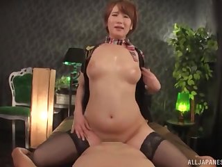 Oiled up Japanese MILF Natsuki Minami gets her pussy cream pied