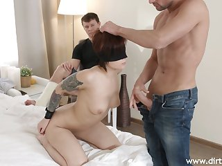 Kinky boyfriend tricks his Russian auburn girlfriend Rebecca Rainbow