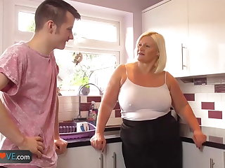 Agedlove mature chubby blowjob added to doggystyle