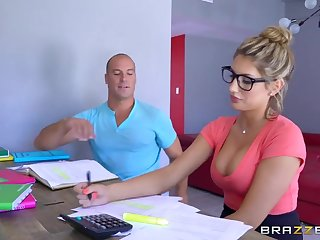 Brazzers - Sexy nerd August Ames needs a study without hope