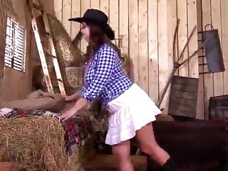 Quebec redhead babe gets fucked in transmitted to hay