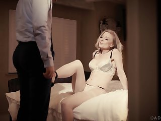 Vampish mature blonde Nina Hartley has seduced man for random nonconforming have a passion