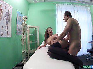 Hot patient Bon-bons Alexa wanted to be fucked by will not hear of horny doctor