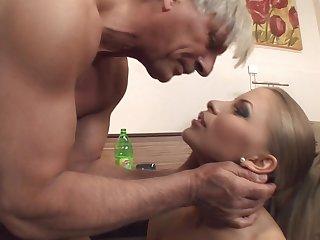 Anal loving wife Avril Sun in fishnet stockings fucked balls deep