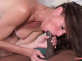 White bitch gets stuffed with enormous big cock