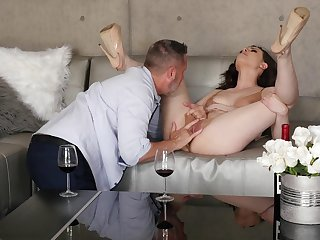 Mind blowing chick feels perfect with as a result praisefully dick dominant her
