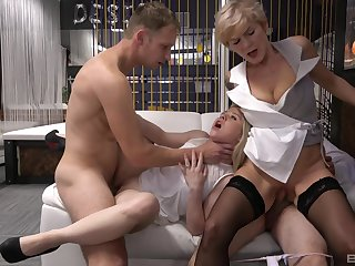 Old vs young group sex adjacent to amateur babes Conterminous with Arrivisme together with Yvonne