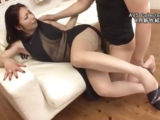 Compilation of amateur Japanese in high heels and pantyhose